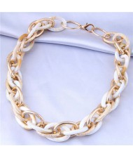 U.S. Fashion Wholesale Jewelry Mix Color Weaving Style Bold Chain Short Statement Necklace - White