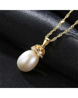 Wholesale 925 Sterling Silver Jewelry Hollow-out Crown Design Pearl Necklace - White
