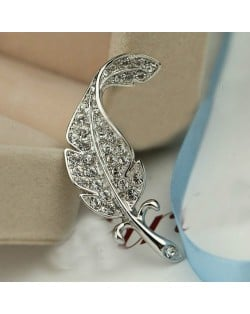 Rhinestone Inlaid Gorgeous Feather 18K Platinum Brooch