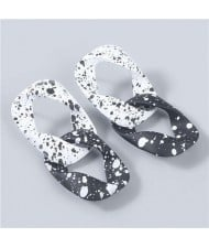 Rhombus Shape Black and White Spots Irregular Design Wholesale Fashion Women Resin Earrings