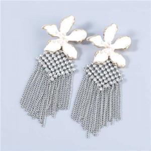 Bohemian Floral Artificial Pearl Inlaid Classic Design Long Tassel Oil-spot Glazed Wholesale Women Earrings - White
