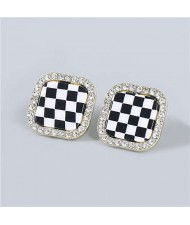 Minimalist Fashion Checkered Wholesale Jewelry Rhinestone Rimmed Vintage Women Ear Studs - Square