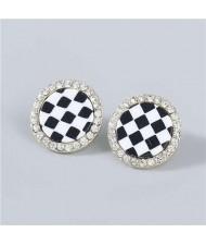 Minimalist Fashion Checkered Wholesale Jewelry Rhinestone Rimmed Vintage Women Ear Studs - Round