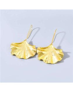 Vintage Fashion Apricot Leaf Shape Minimalist Design Women Fish Hook Wholesale Earrings - Golden