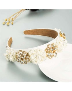 Artificial Pearl and Rhinestone Floral Combo Vintage Baroque Style Luxurious Hair Hoop - White