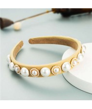 Minimalist Design Artificial Pearl Floral Vintage Fashion Baroque Style Hair Hoop - Light Yellow