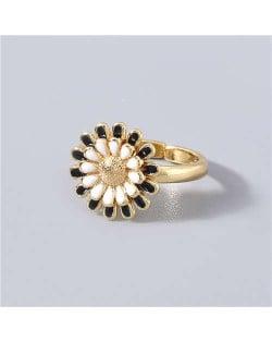 Adorable Sweet Flower Korean Fashion Women Oil-spot Glazed Wholesale Open-end Ring - White and Black