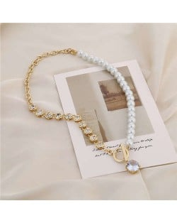 Alloy Chain and Pearl Combo Wholesale Jewelry Shining Rhinestone Pendant Bling Necklace - Golden