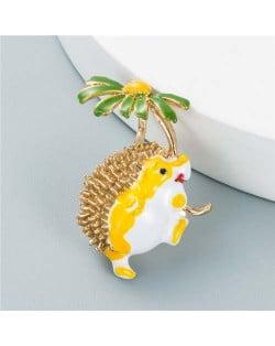 U.S. Fashion Hedgehog Little Daisy Combo Design Women Alloy Brooch - Yellow