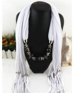Fashionable Multiple Gems Pendants Exaggerating Scarf Necklace - White
