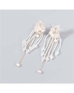 Rhinestone Inlaid Artificial Pearl Floral Tassel Elegant Boutique Design Women Wholesale Dangle Earrings - White