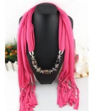 Fashionable Multiple Gems Pendants Exaggerating Scarf Necklace - Rose