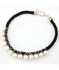 Korean Fashion Pearls Entwined Short Weaving Necklace - Black