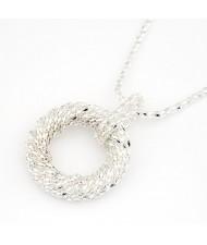 Metallic Spiral Circle Design Necklace - Silver