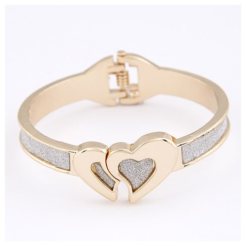 Twin Hearts Dull Polish Bangle - Golden