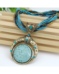 Vintage Bohemian Engraving Pattern Round Gem Inlaid Pendant Necklace - Sky Blue