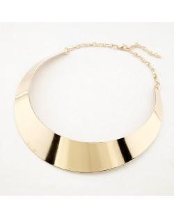 Punk Style Glossy Finish Arc Pendant Necklace - Golden