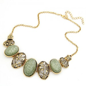 Vintage Oval Shape Hollow-out and Gem Pendants Necklace - Light Green