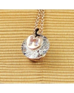 Zirconia Inlaid V Character Pendant Rose Gold Necklace