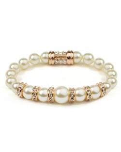 Elegant Rhinestone Decorated Pearl Bracelet