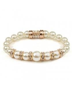 Elegant Rhinestone Decorated Pearl Bracelet