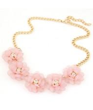 Korean Fashion Rhinestone Inlaid Refreshing Flowers Short Necklace - Pink