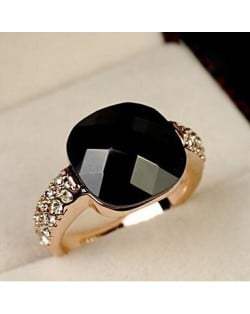 Square Black Crystal Inlaid Rose Gold Ring