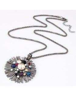 Multi-color Rhinestone Attached Radiation Shape Pendant Necklace