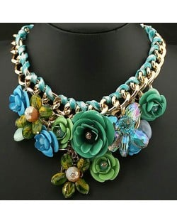 Prosperous Vivid Flower Cluster Chunky Costume Necklace - Green