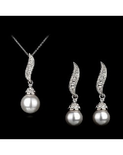 Luxurious Leaf with Pearl Pendant Platinum Necklace and Earrings Set