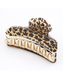 Popular Leopard Prints Hair Clip - Dark Brown