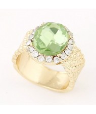 Rhinestones Rimmed Luxurious Round Gem Fashion Ring - Green