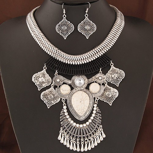 vintage ethnic pendant design bold silver snake chain statement fashion necklace and earrings